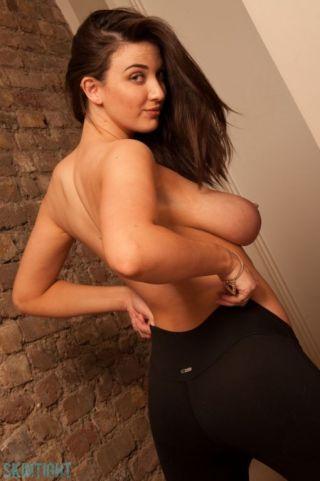 sexy Joey Fisher beautiful real tits
