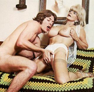 Big tits vintage pornstar Candy Samples fucking li