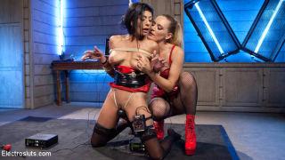 Mistress Mona Wales seduces beauty with e-stim sti