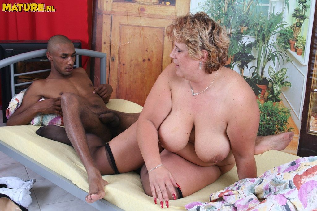 Interracial mom porn