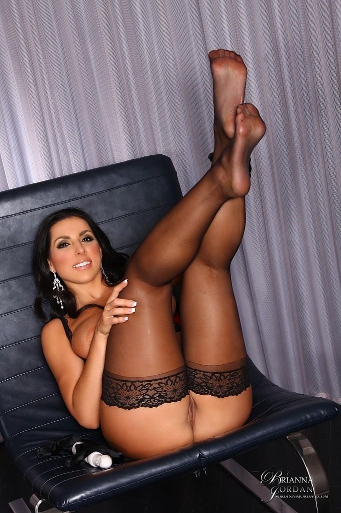 Theme, Brianna jordan stockings