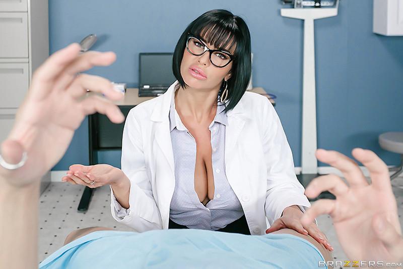 does rhianna pornstar lookalike sense