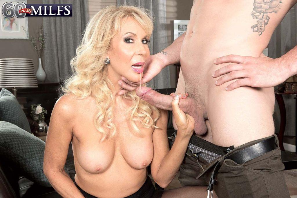 Sexy Pantyhose MILF Erica Lauren Sucking Huge Dick