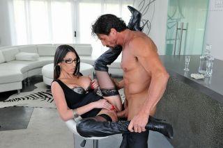 Sweet brunette Dava Foxx rides a cock till facials