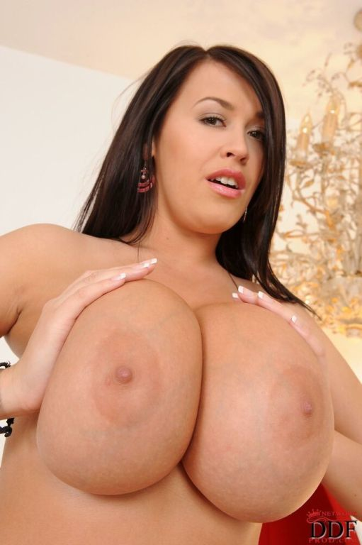 Leanne Crow strips and shows huge melons