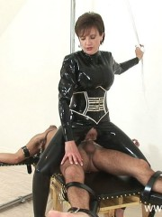 Sexual mistress Lady Sonia fucks in rubber catsuit