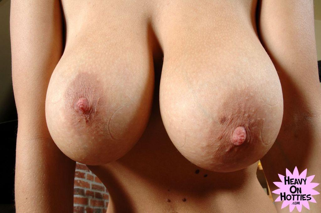 Huge tits girl Vallory