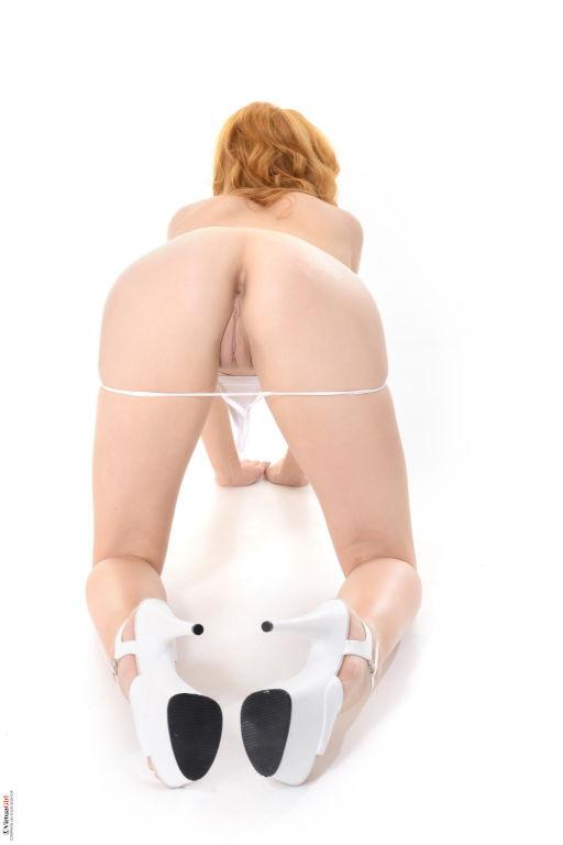 Long legged teen Anny Aurora stripping for you