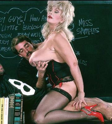 Sexpositioner bilder erotiska kvinnor