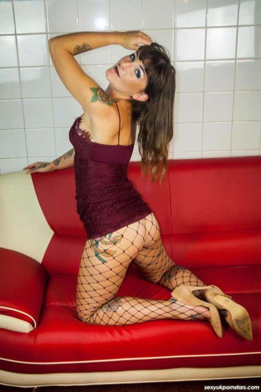 Sexy pornstar babe Adreena Winters