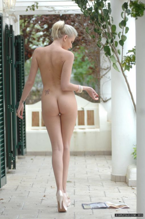 Sexy Danielle Maye
