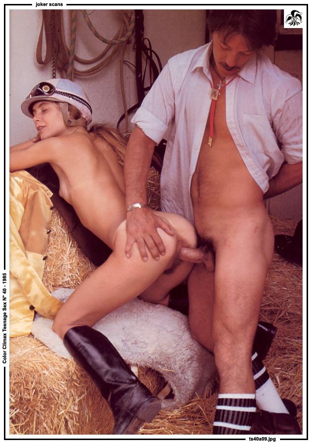 Nude lesbian furry
