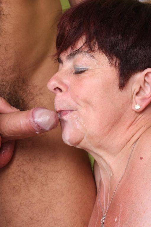 Naughty Granny Simone Having A Stiff Rod To Suck