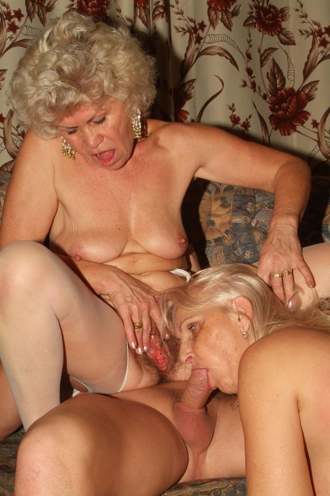 старая бабуся любит секс порно полу растрепанную
