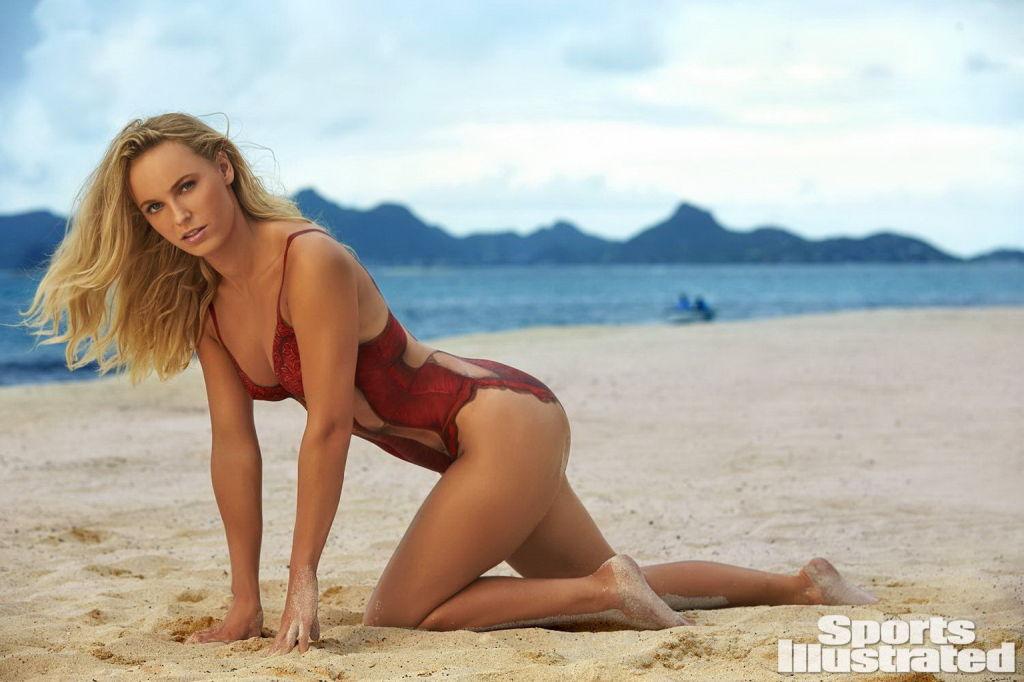 Caroline Wozniacki naked but body painted at the b