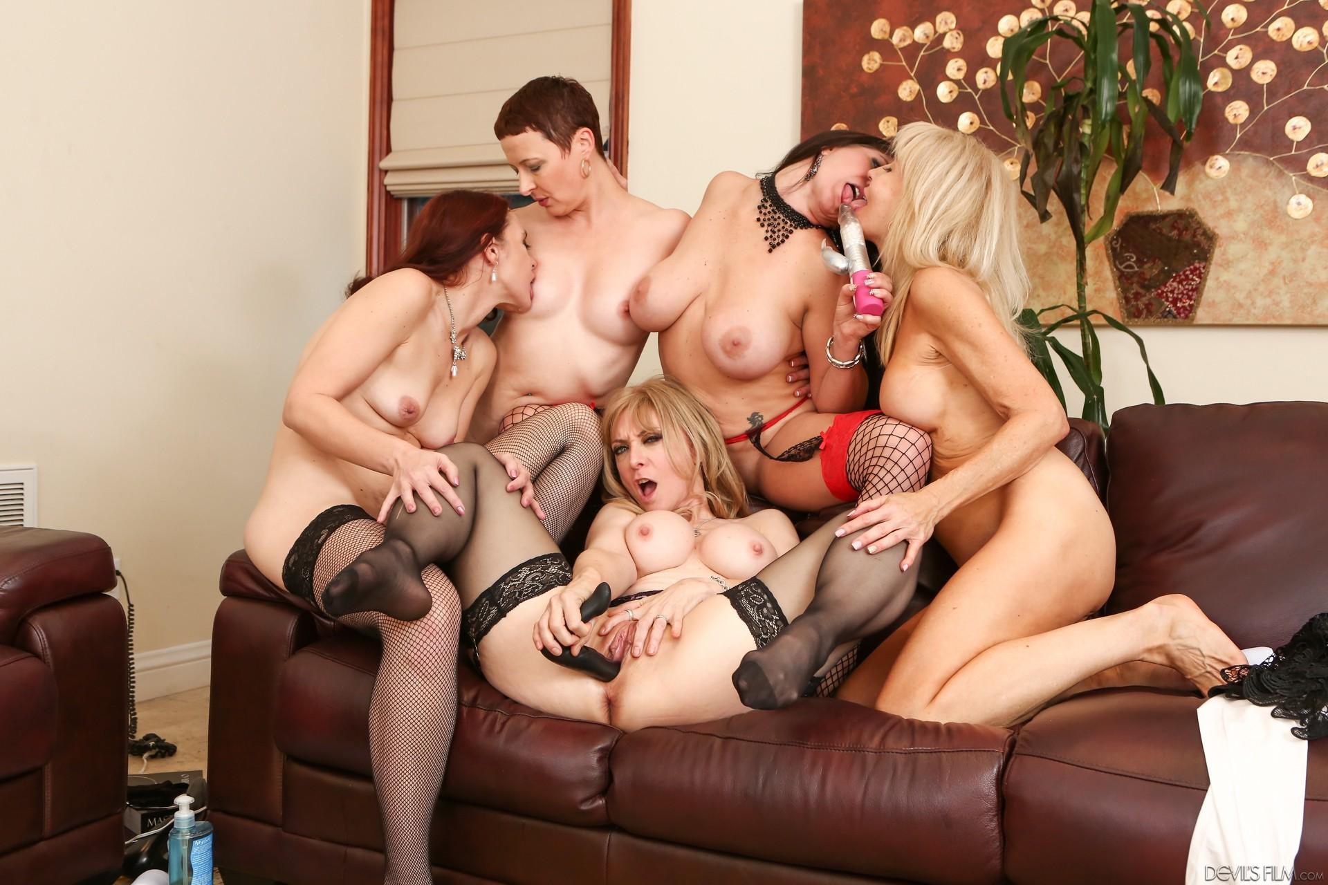 Sexy girls fucking big dicks