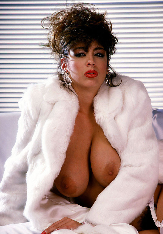 Big tits vintage pornstar Christy Canyon sucks and