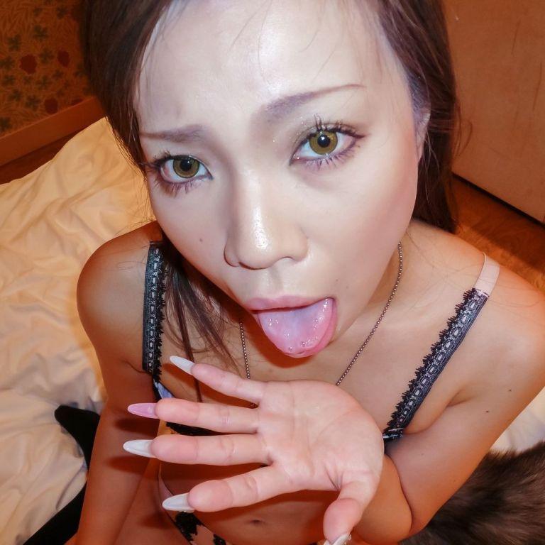Asian cutie Sakiko in hardcore fucking and blowjob