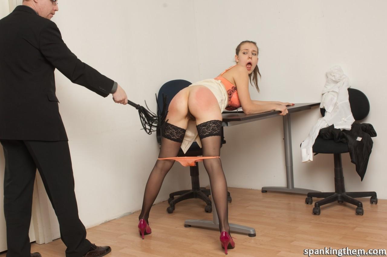 что женщинам фото спанк наказание секретарши уверены, что вам