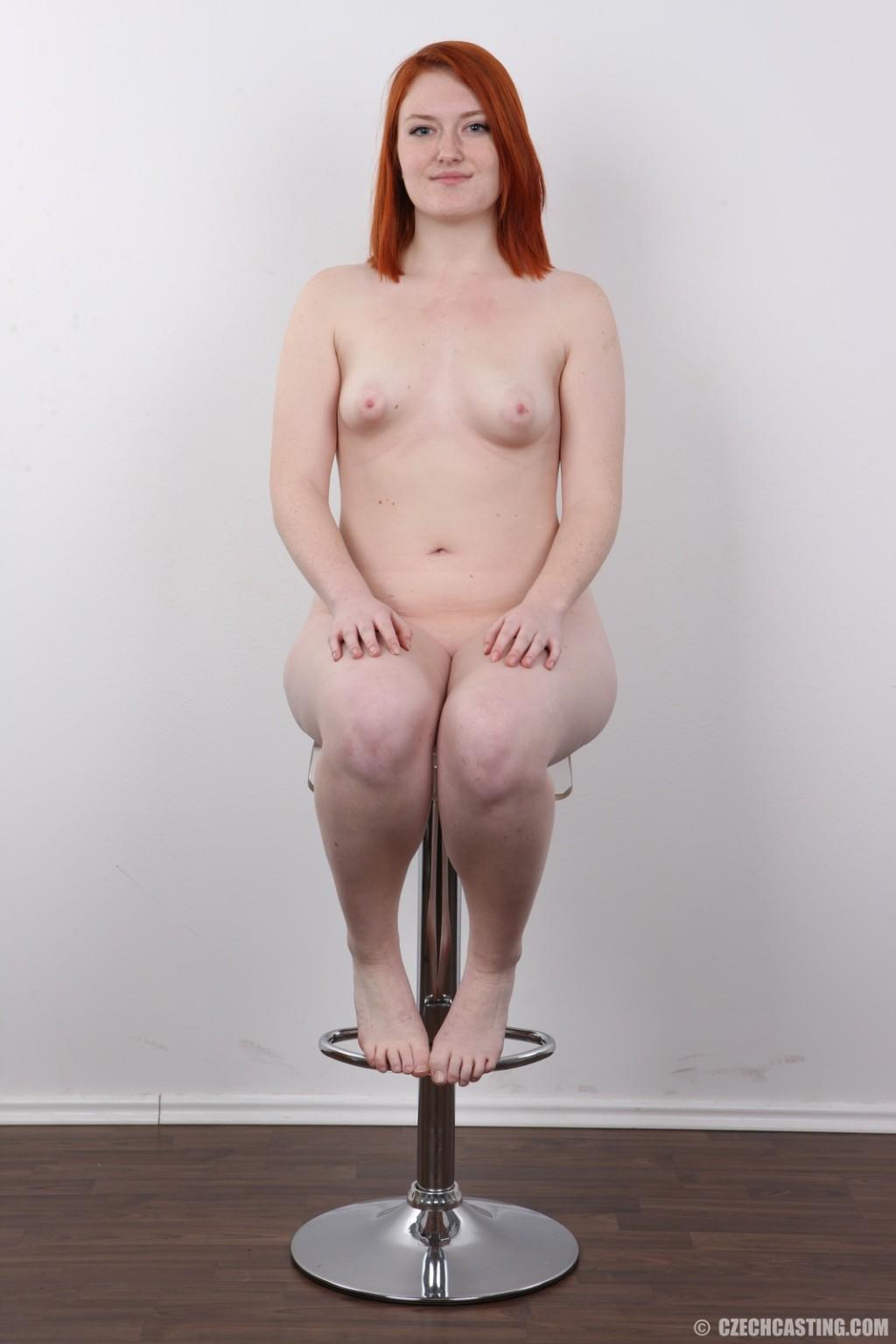 Allegra cole desnuda