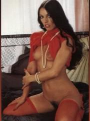 Classic pornstar Hyapatia Lee in vintage public se