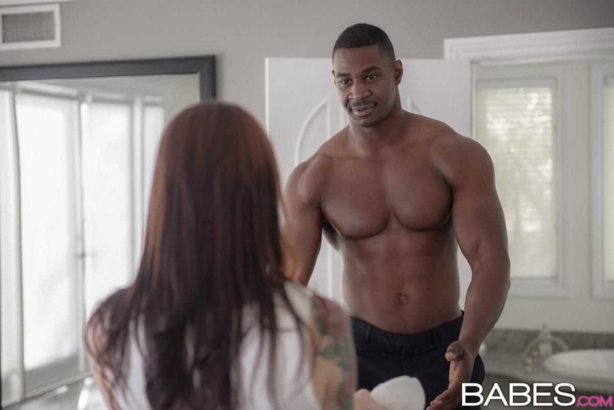 Interracial Cheating Babes