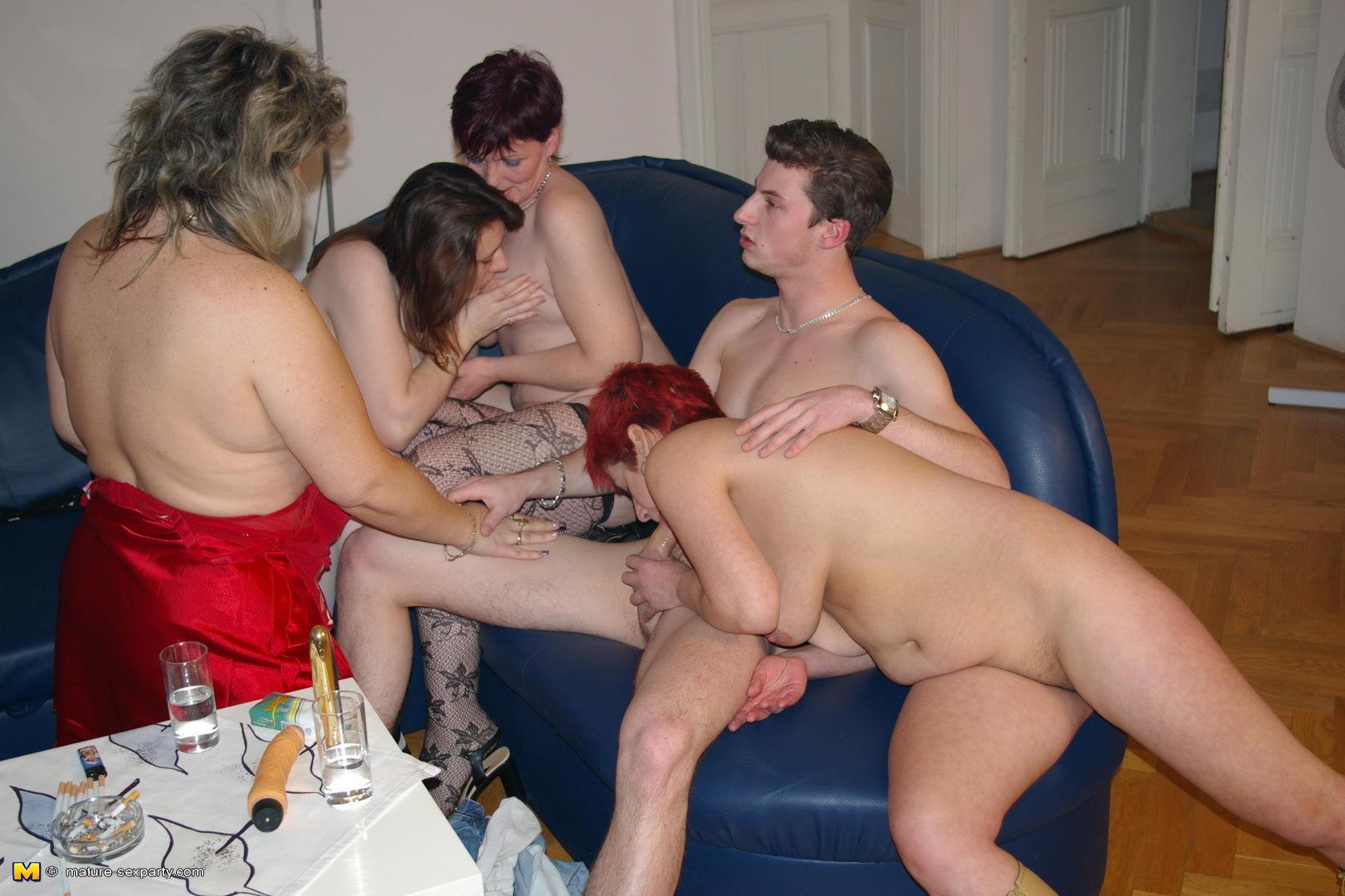 sheer black pantyhose pov porno tube can not