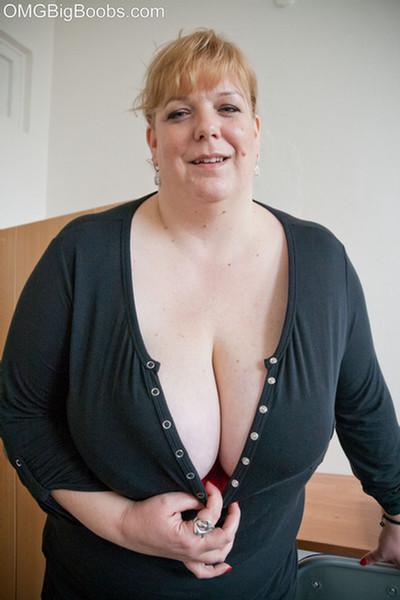 Beautiful girls naked bottoms