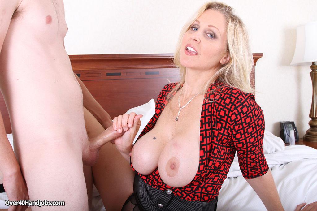 Milked By A Real Cougar Slut Julie Ann