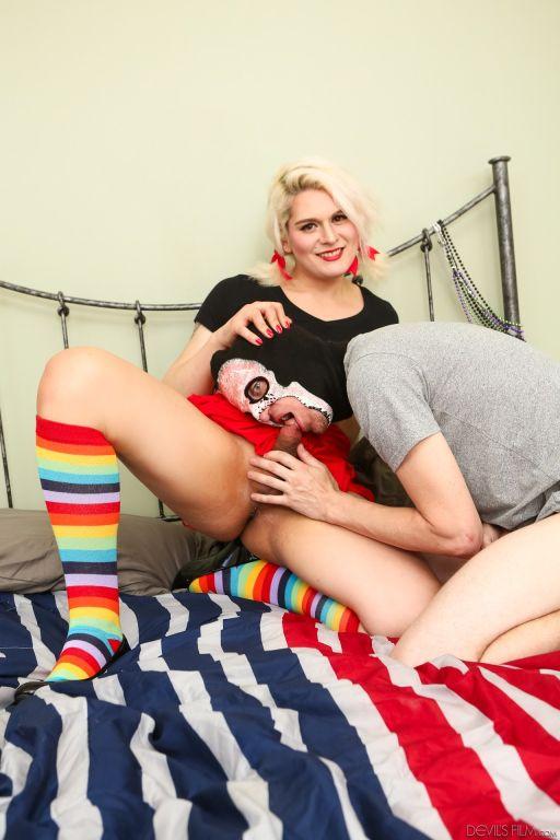 Transsexual Babysitters #28, Scene #04