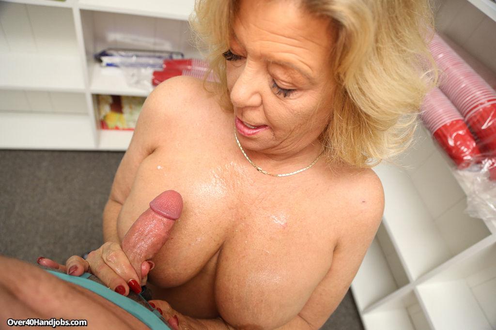 Hot Mommy Karen Summer Milking Her Stepsons Huge D