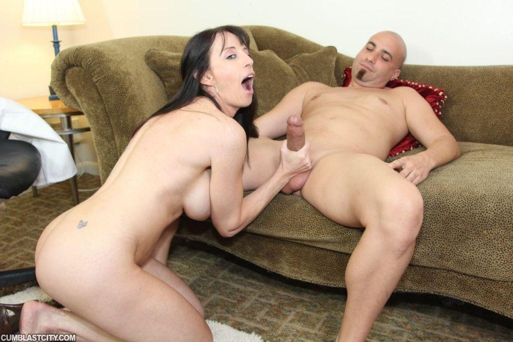 Cougar Milf Bibette Blanche Milking And Sucking Hu