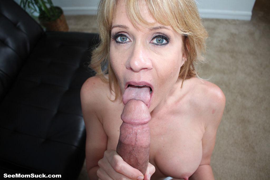 Busty Milf Whore Desi Dalton Milking Huge Dick On