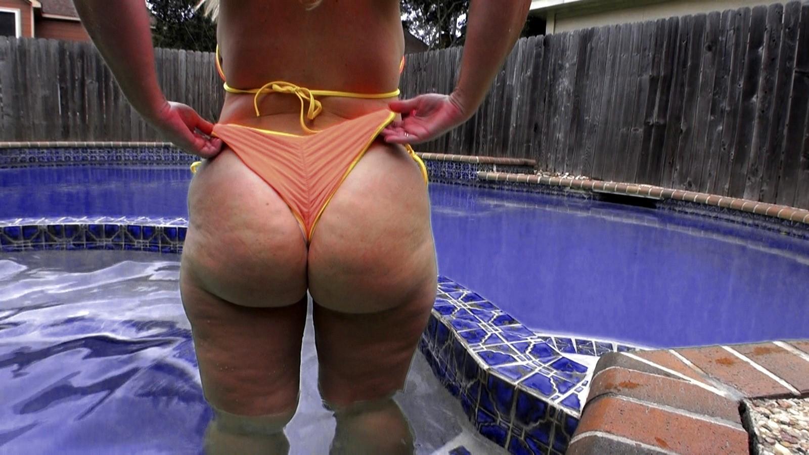 Fat ass bikini porn