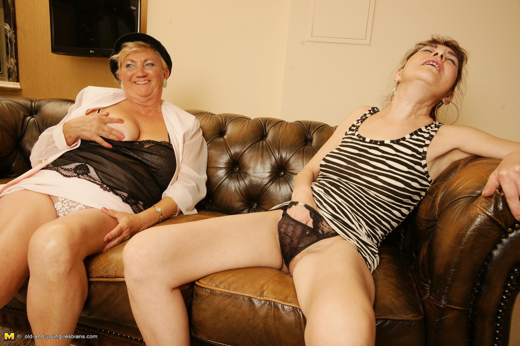Drunk nude mature lesbians was and