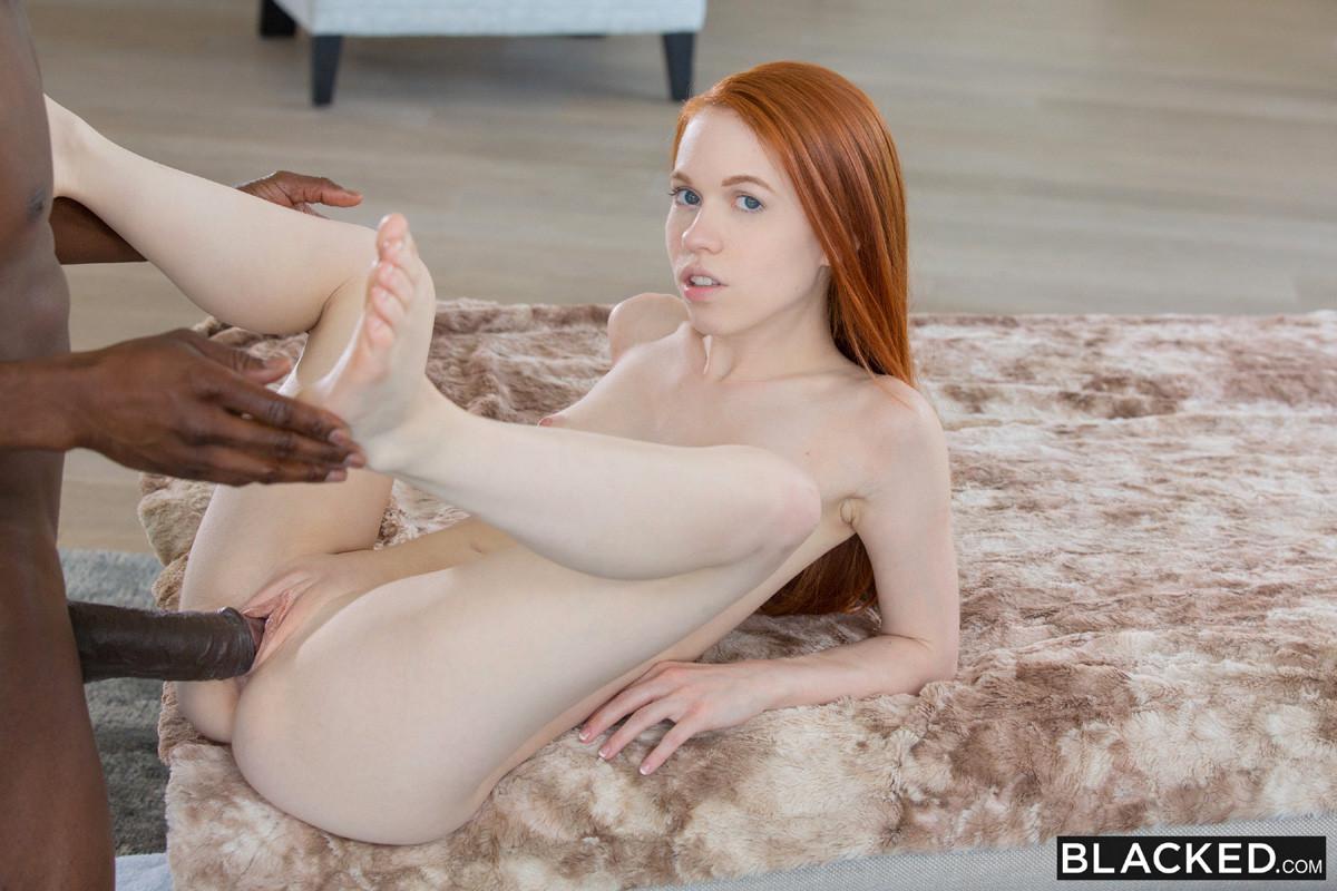 Petite Amateur Teen Big Tits