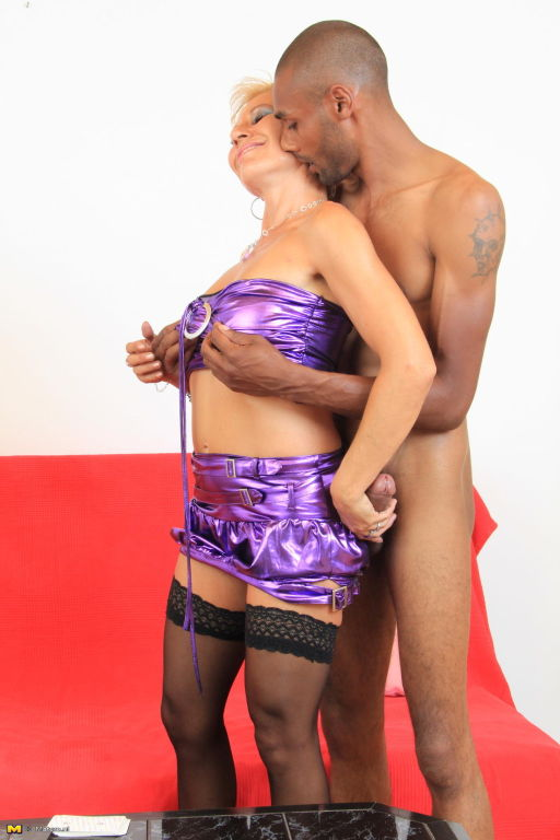 Naughty mature slut fucked by a hard black dude