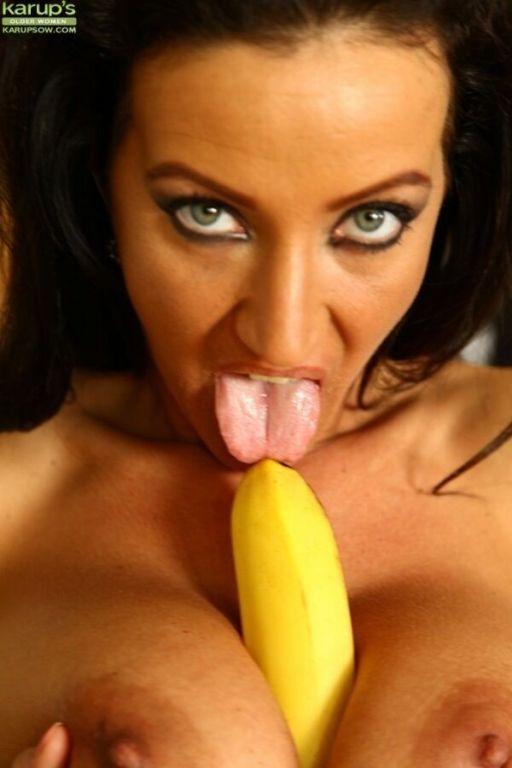 Krisztina Ventura busty mom plays banana with hair