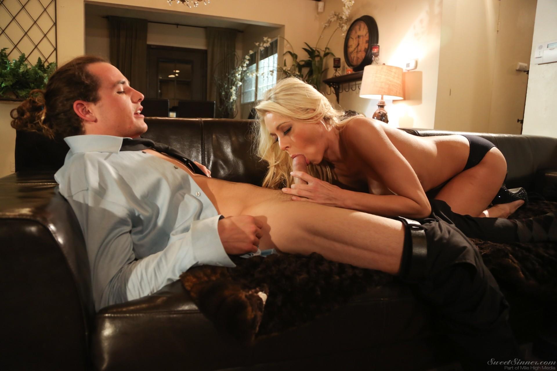 Malena Morgan Pussy Licking