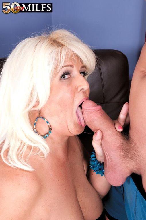 Horny busty milf slut Lori Suarez craving stiff di