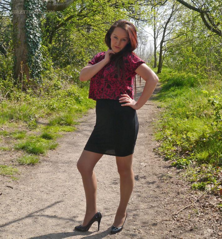 Hot redhead Milf Jenna sparkles in her silky nylon