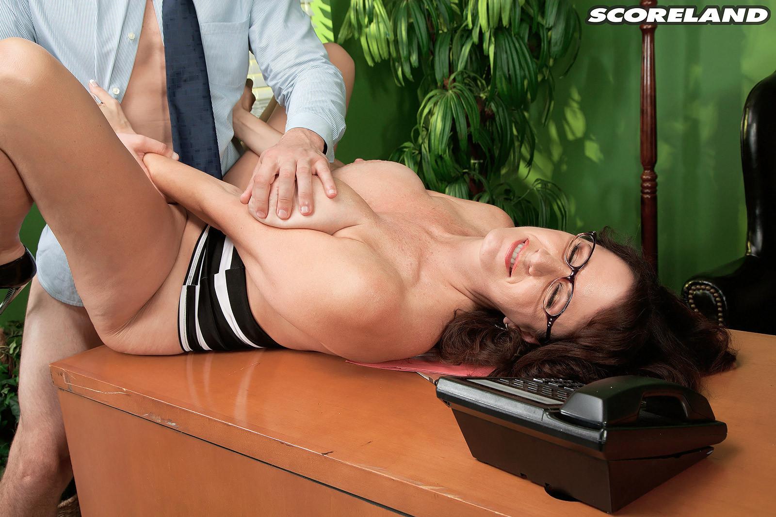 Scoreland secretary lunch hour cassie cougar