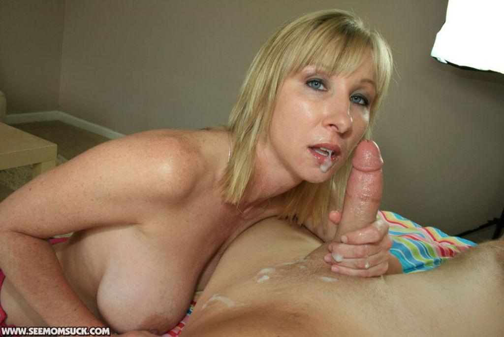 Busty Milf slut Keri Lynn craving huge stiff dick