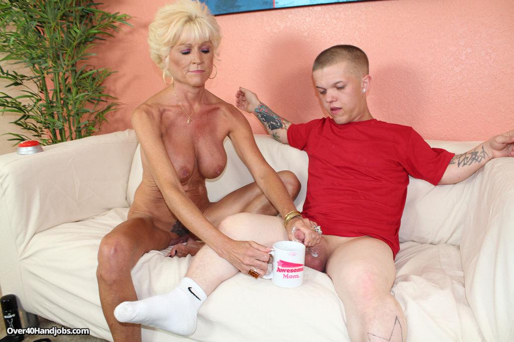 Dirty mom Nikki Sixxx milking midget cock for some