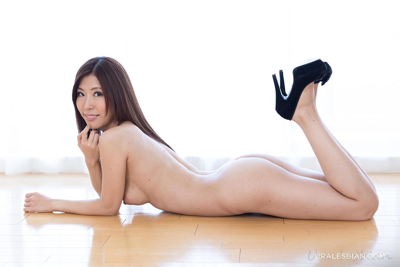 Rin Miura порно модель