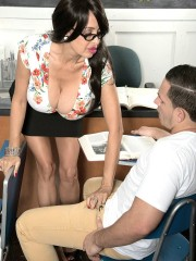 Big titty teacher Claudia Kealoha teaching new sex
