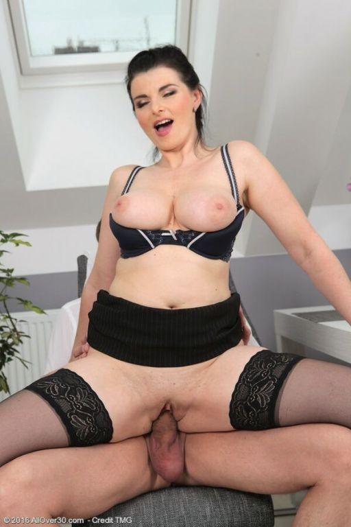 Sandra Nero busty milf in black stockings fucking