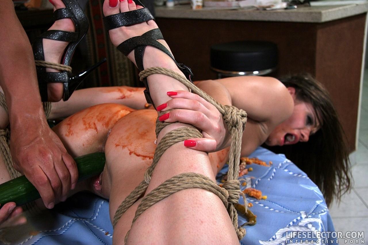 андрей недовольной девушка попала в рабство порно творческой выдумкой