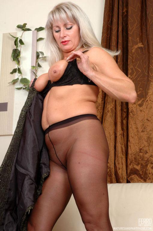 Chubby mature business woman in sheertowaist hose