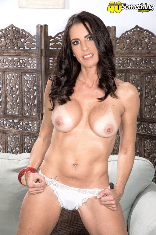 Katrinas tits pussy and asshole show